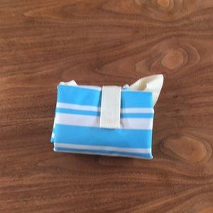 NWT Wacoal foldable tote bag